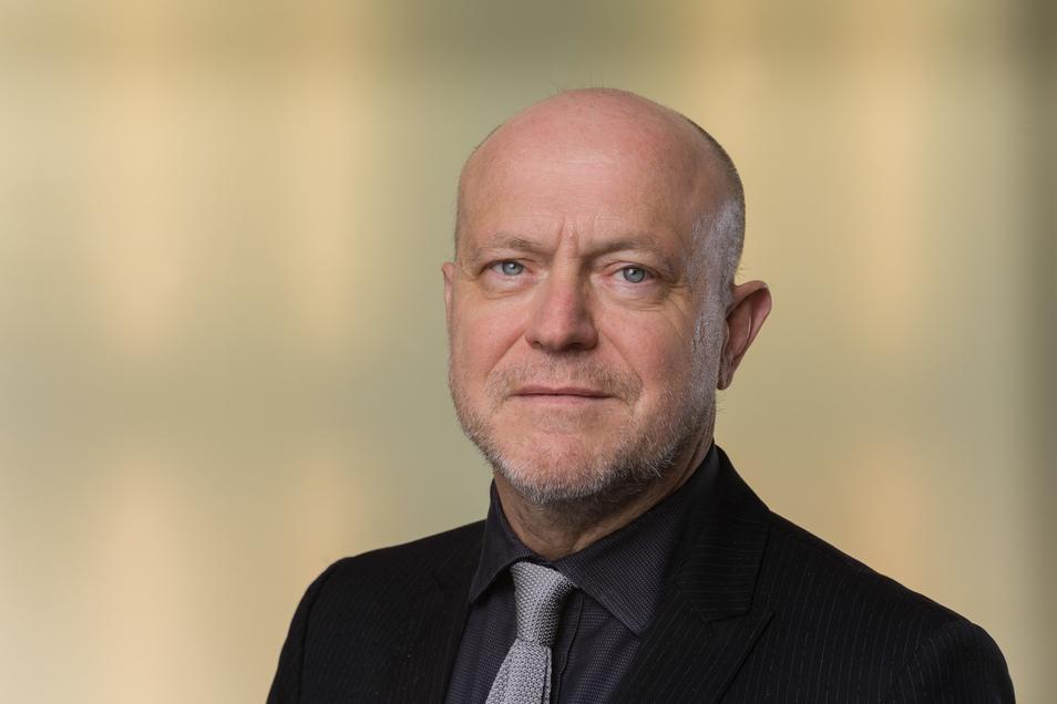 Professor Karl Lenz
