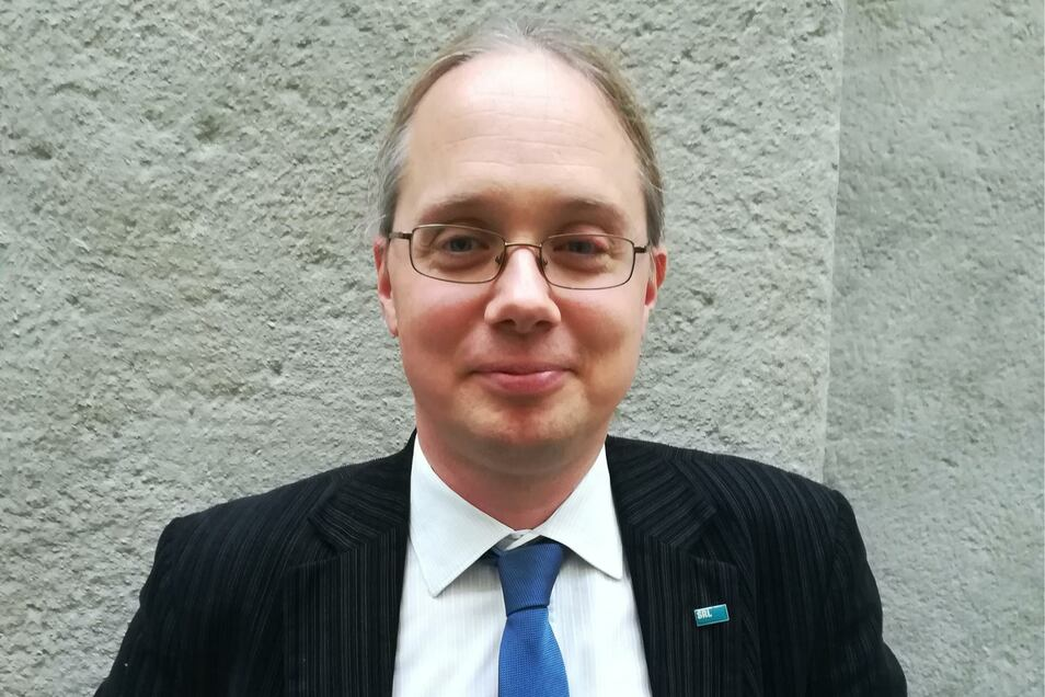 Martin Reents leitet das Potsdamer Büro von Infrastruktur & Umwelt, das oft grenzüberschreitende Projekte begleitet