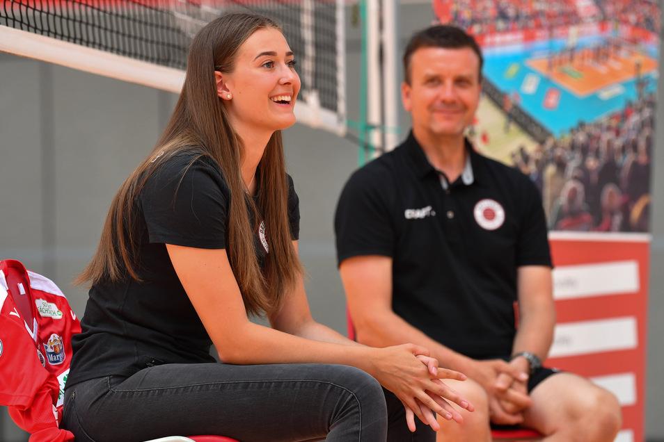 Sarah Straube zählt zu den ganz großen Talenten in Deutschland. Für Trainer Alexander Waibl (rechts) hat sie das Zeug zur Nationalspielerin.