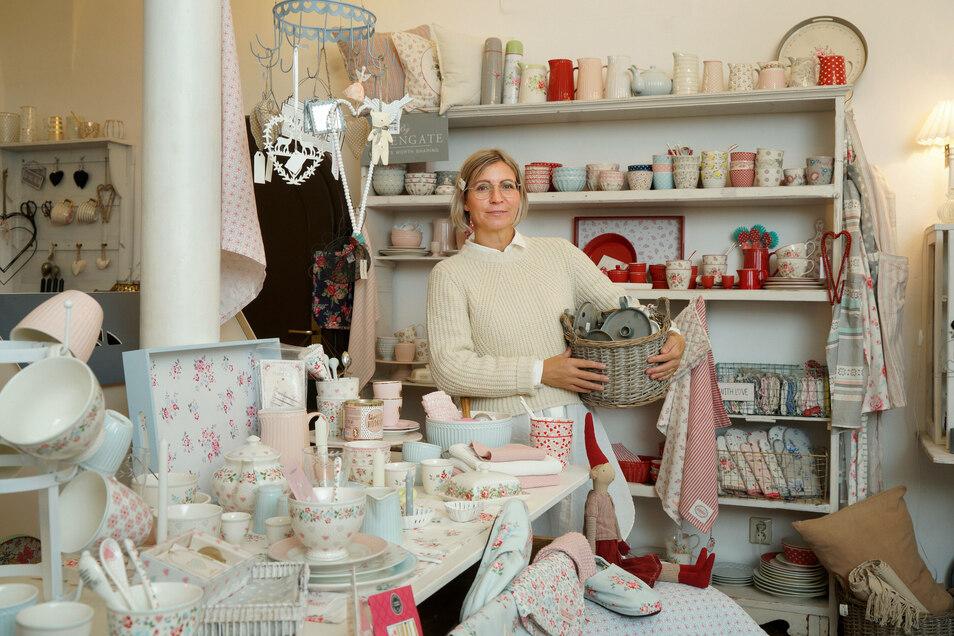 Mit ihrem Wohnladen ist Beatrice Rausendorf an den Bautzener Hauptmarkt gezogen. Bei ihr gibt es allerlei Dekoartikel im skandinavischen Design.