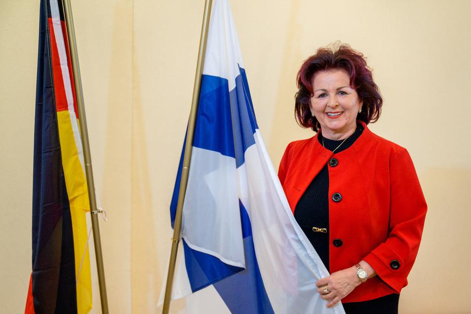 Viola Klein hat nicht nur die Hope-Gala ins Leben gerufen, am Mittwoch wurde sie in Dresden auch zur Honorarkonsulin von Finnland ernannt.