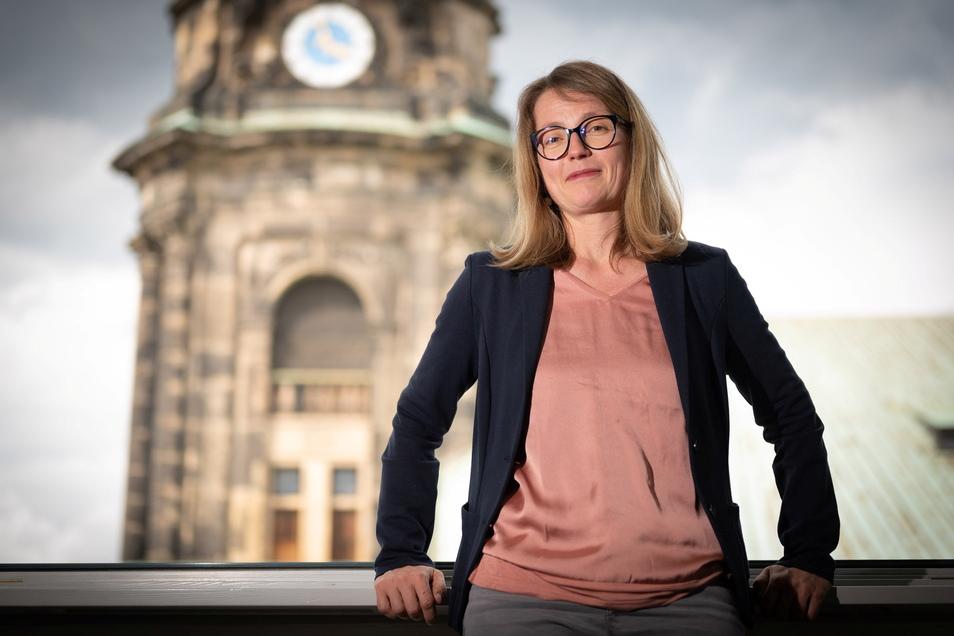 Dresdens Kulturbürgermeisterin Annekatrin Klepsch (Linke) blickt von ihrem Interims-Büro auf die Kreuzkirche.