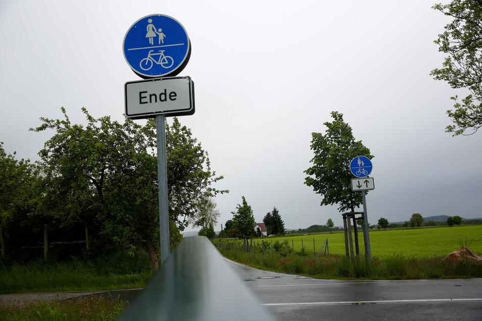 Die Radwege nördlich von Kamenz werden viel genutzt. Aber sie weisen vor allem im Wald starke Schäden auf. Jetzt will die Stadt handeln.