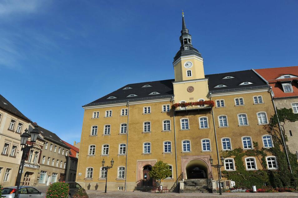 Im Roßweiner Rathaus trifft am Donnerstag der Stadtrat zahlreiche Entscheidungen.
