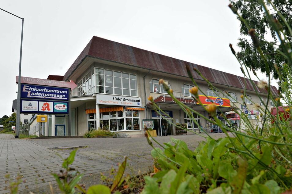 Von einem Büro an der Bautzener Straße 1 in Großpostwitz aus wollen zwei Unternehmen ihre Vorhaben für altengerechtes Leben künftig vor Ort vorantreiben.
