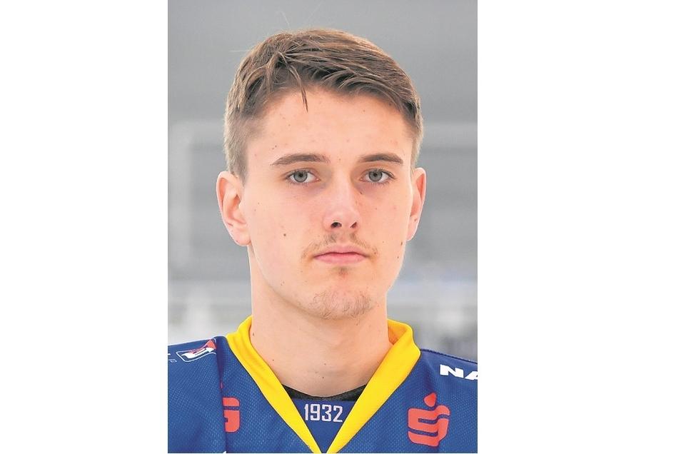 Thomas Reichel:Nr. 23 Sturm, geb. 21.4.99 in Nürnberg, 1,90 m/88 kg Profispiele: 183/21 Tore/31 Assists, Förderlizenz Vereine: Rosenheim, Lausitzer Füchse, Eisbären Berlin