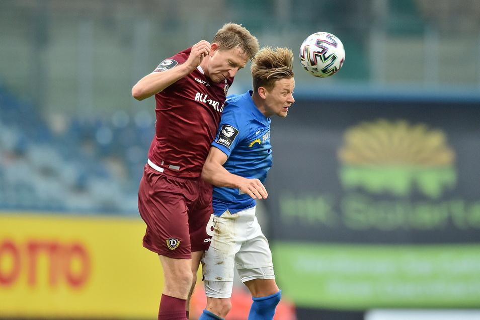 Marco Hartmann ragte beim Spiel gegen Hansa Rostock heraus. Kurz vor der Pause erleidet er einen Cut am Auge, spielt mit Turban weiter, wird in der Pause genäht und gewinnt auch in Halbzeit zwei jedes Kopfballduell.