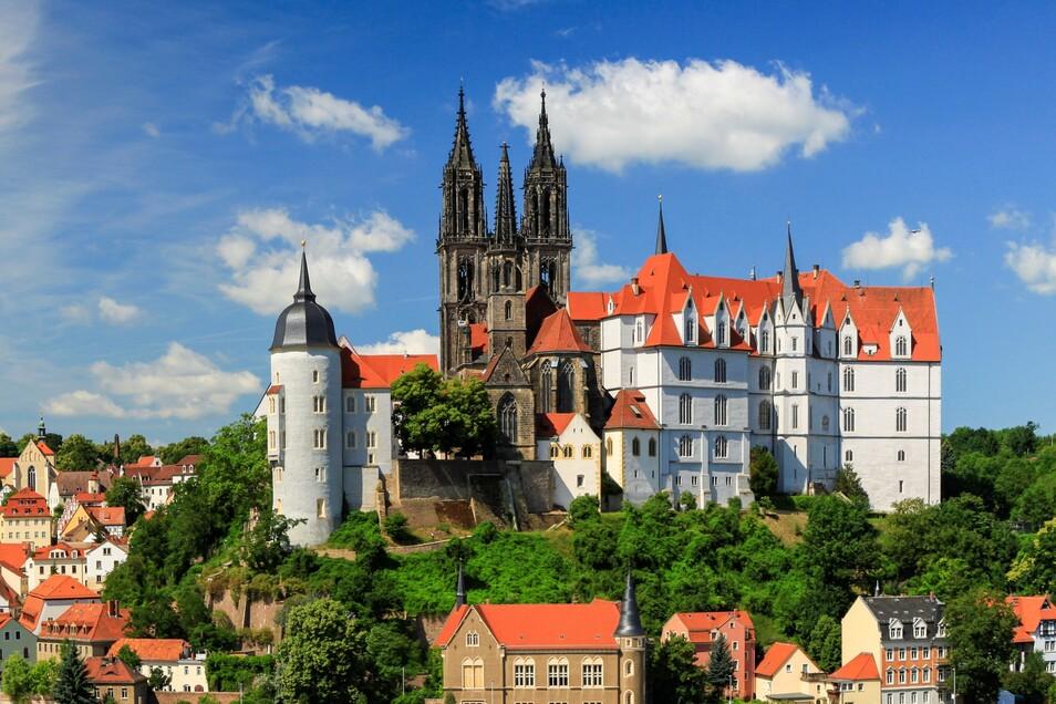 Das Schloss Albrechtsburg prägt als erstes Schloss Deutschlands weithin sichtbar die Silhouette der historischen Altstadt.