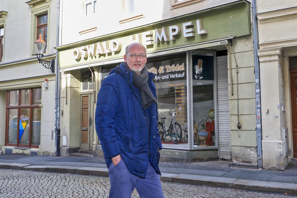 Rainer Scholz, Architekt aus Dresden, will dieses Haus in der Inneren Weberstraße in Zittau sanieren und macht sich Gedanken über die touristische Vermarktung der Stadt.