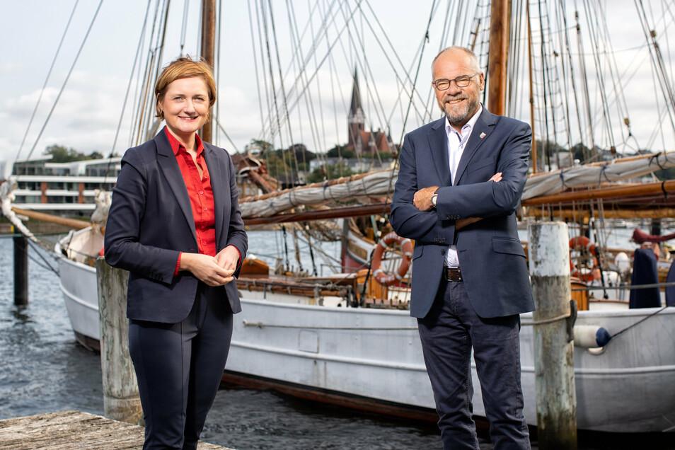 Oberbürgermeisterin Simone Lange und Stadtpräsident Hannes Fuhrig bilden in Flensburg ein interessantes Ost-West-Paar.