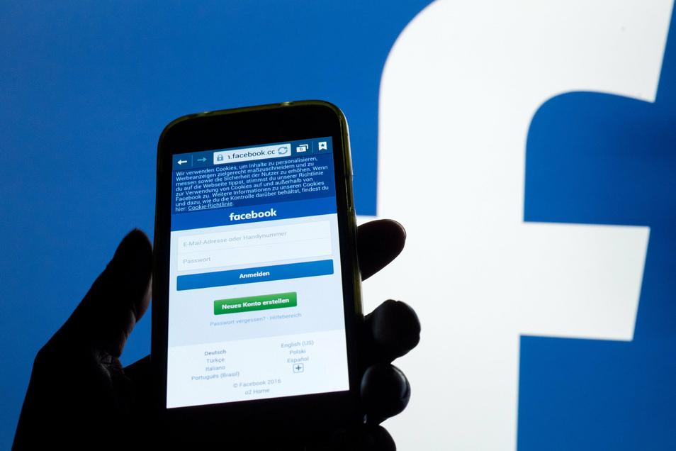Symbolfoto: Hasskommentare auf Facebook können auch schnell vor Gericht landen.