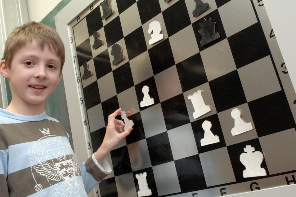 Paul-Lucas Gose am Schachbrett.
