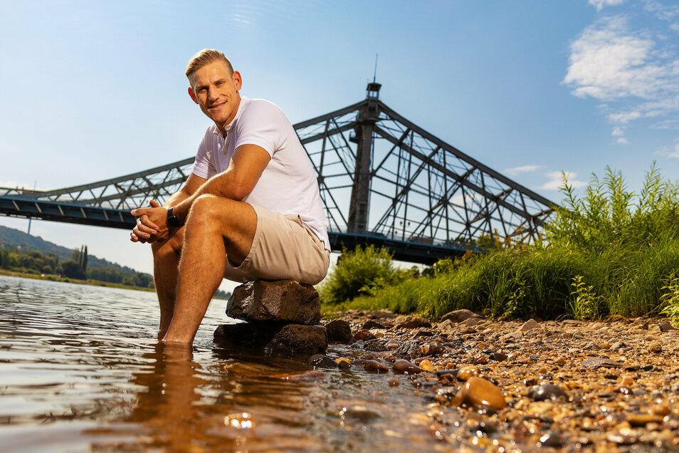 Unterwegs in gewohnten Gewässern: Karl Schulze an der Elbe.