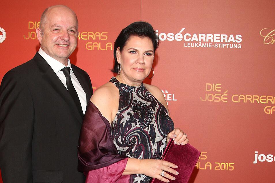 Der damalige Dolpin-Chef Charles Smethurst und seine Ehefrau Manou waren 2015 Gäste bei der Benefizgala zugunsten der Jose- Carreras-Leukämie-Stiftung in Berlin.