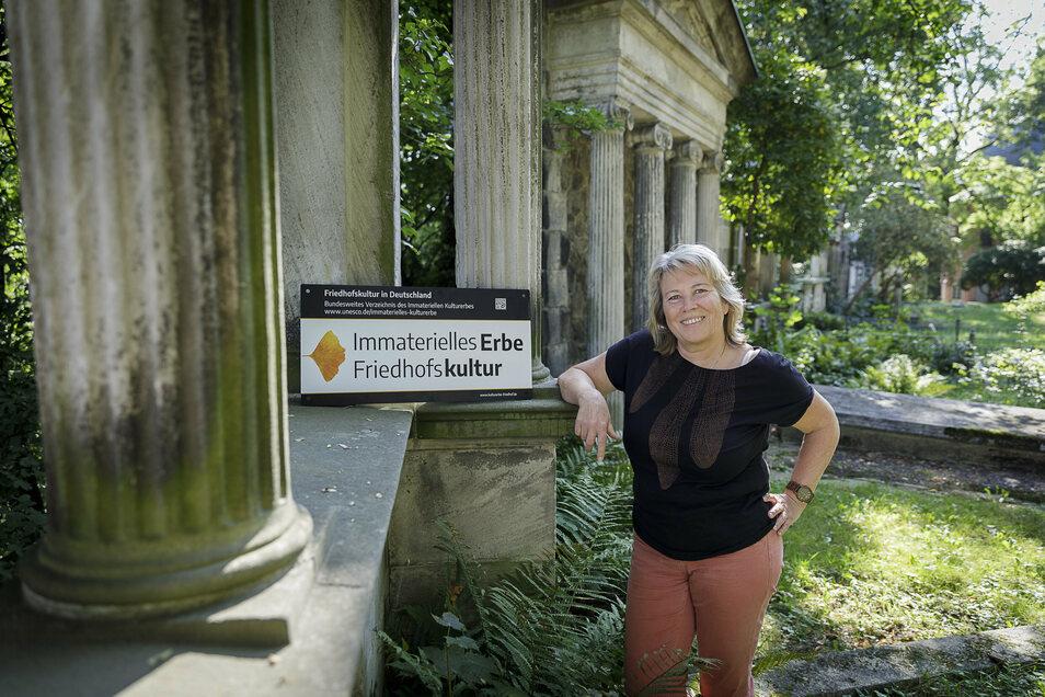 Evelin Mühle arbeitet seit 1983 auf dem Görlitzer Friedhof und leitet ihn seit über 30 Jahren.