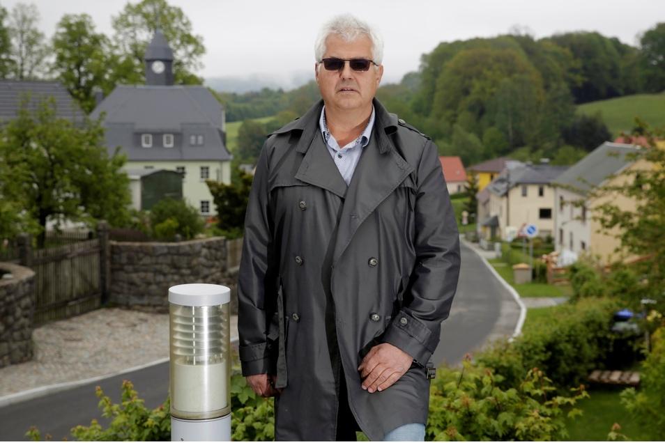 Lutz Hönicke ist gebürtiger Radeberger, lebt in Steina und hat hier seit 1990 seine Firma.