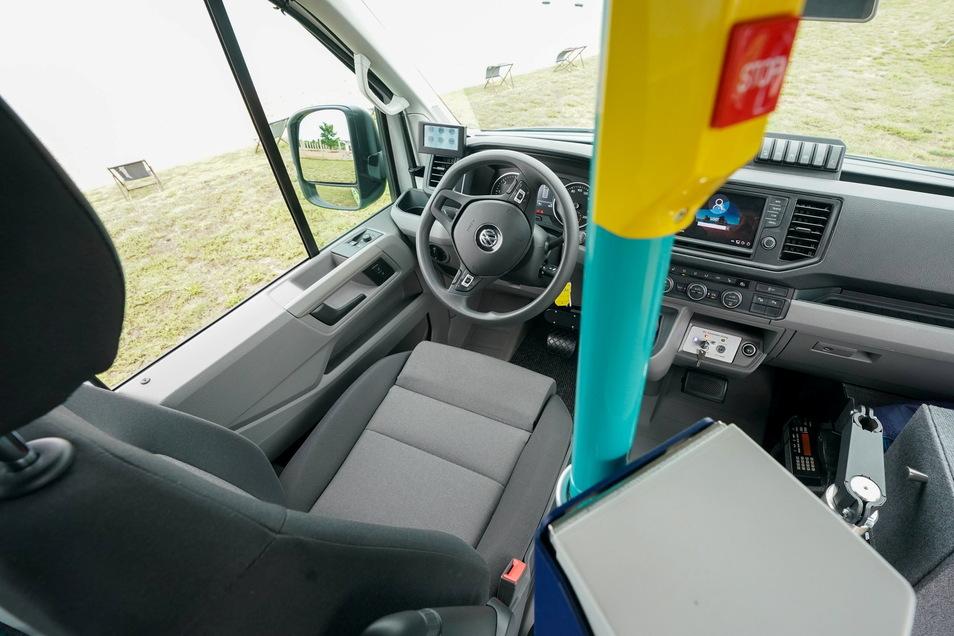 Der fahrerlose Sitz des Bus-Shuttle ·FLASH· (Fahrerloses Automatisiertes Shuttle).