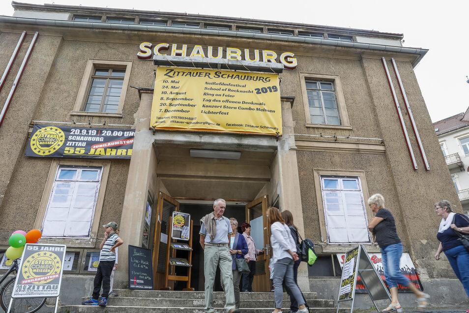 Ein weiterer Anziehungspunkt ist die Schauburg.