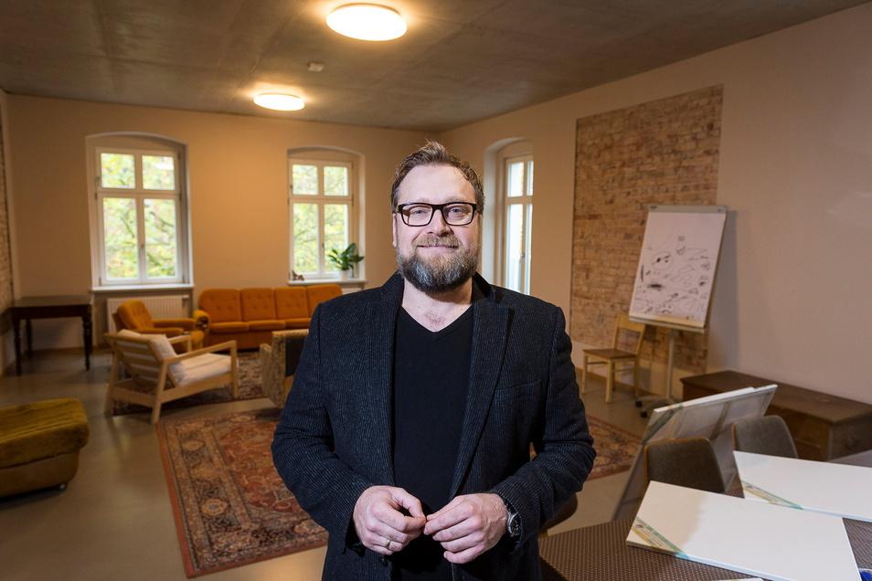 Eugen Boehler im Tivoli. Hier finden die Gottesdienste der Freien Evangelischen Gemeinde Görlitz statt.