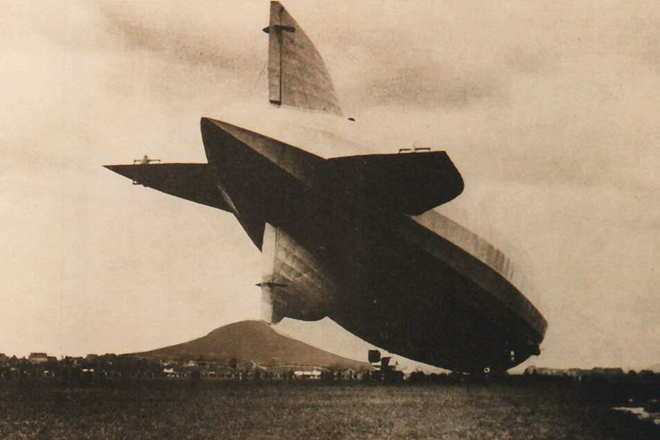 """1930 landete das Luftschiff """"Graf Zeppelin"""" (LZ-127) auf dem Görlitzer Flugplatz."""