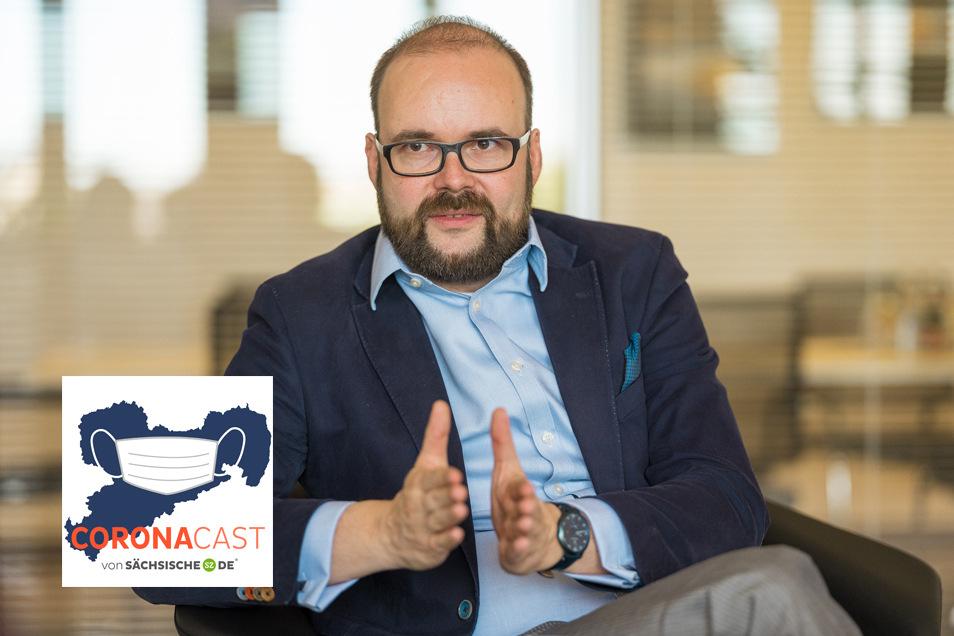 Sachsens Kultusminister Christian Piwarz (CDU) erklärt im CoronaCast, wie es in Schulen und Kitas jetzt weitergeht.