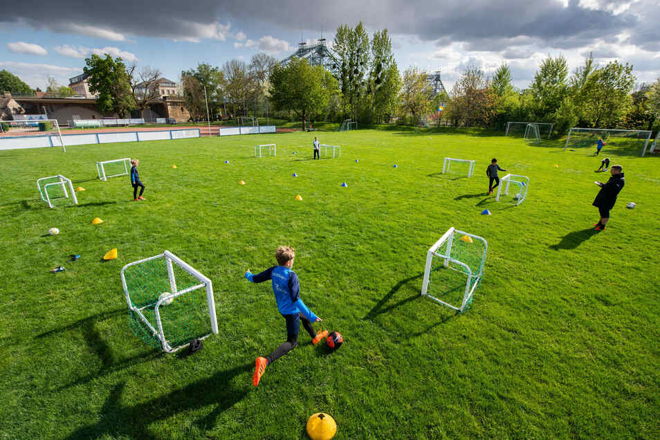 Das Training muss ganz neu organisiert werden. Das stellt die Vereine vor erneute Herausforderungen. Den geforderten Abstand einzuhalten ist da noch die geringste Auflage.