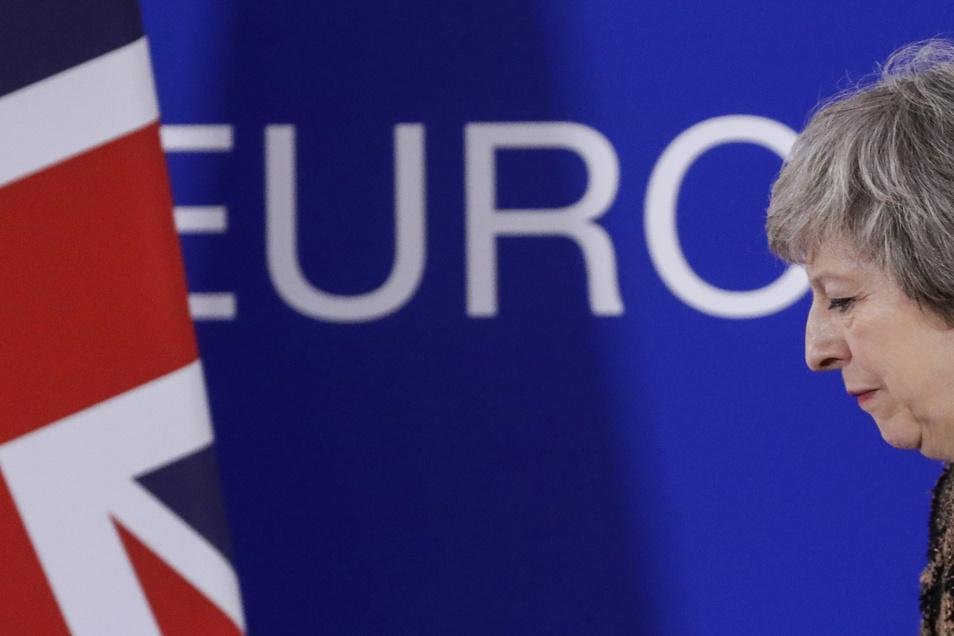 Theresa May will, dass ihr Brexit-Deal mit der EU vom Parlament angenommen wird. Wenn nicht, droht ein zweites Votum.