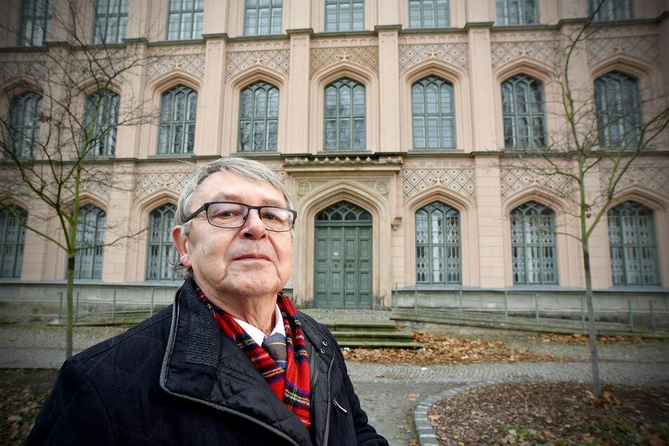 Auch der frühere Zittauer Stadtrat Gottfried Soukup setzt sich dafür ein, dass die ehemalige Baugewerkeschule nicht länger leersteht.