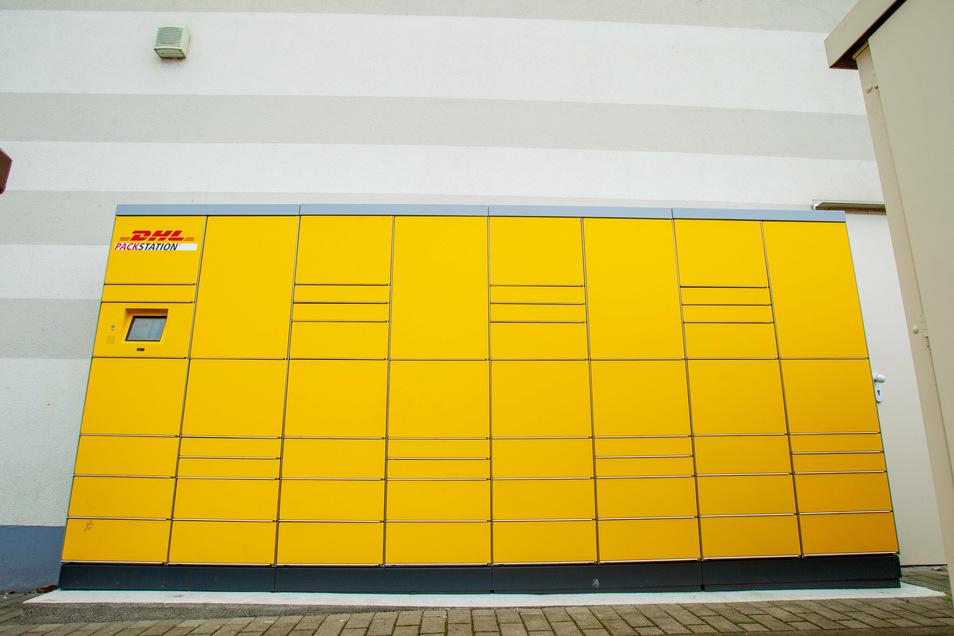 In Döbeln stellt das Unternehmen DHL eine weitere Paketstation auf.