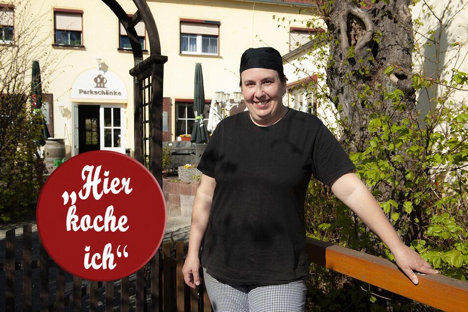 Sandra Hofmüller ist Chefköchin in der Parkschänke Zabeltitz. Sie wechselt sich derzeit mit einem Kollegen ab, um vor allem die Hotelgäste zu versorgen.