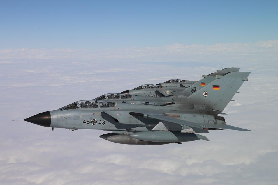 Krach über Döbeln: Die Bundeswehr ist am Mittwochnachmittag mit Kampfflugzeugen unterwegs gewesen.