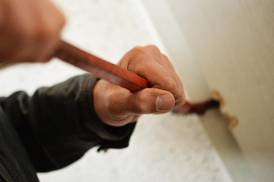 Einbrecher waren seit Freitag in Döbelner Kellern unterwegs.