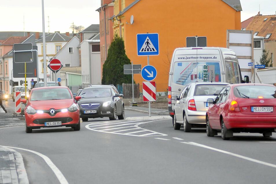 An der Niederauer Straße in Meißen wurde ein Mann bei einem Treffen beraubt.