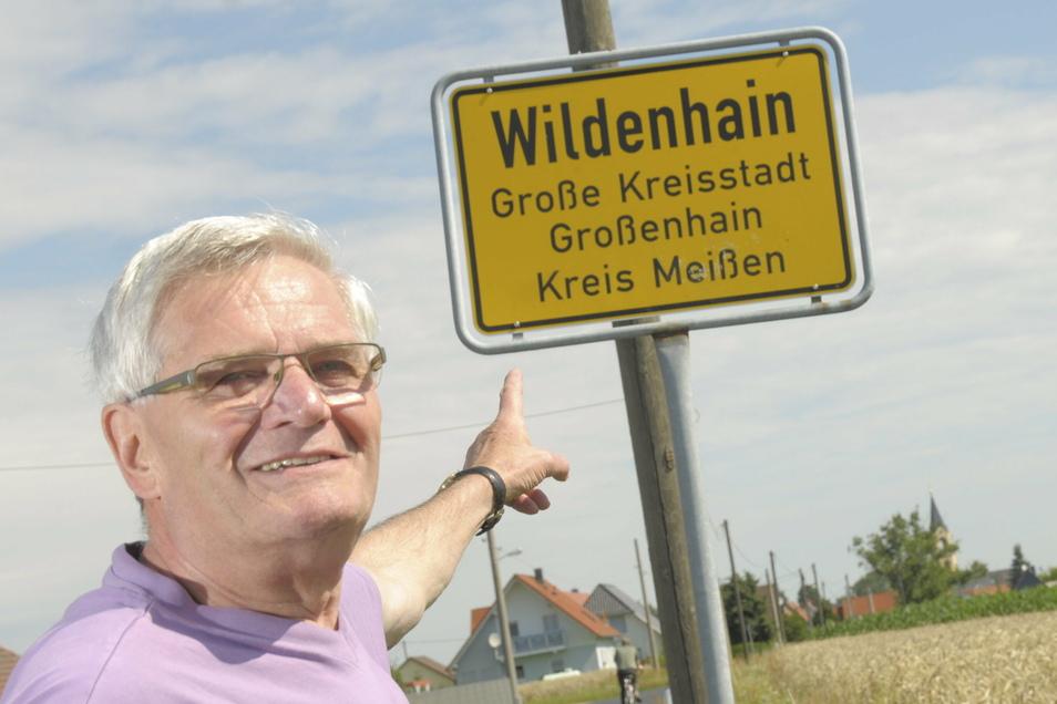 Hartmut Scholz ist Ortschronist von Wildenhain. Er erstellt jährlich eine Jahreschronik für das Großenhainer Archiv.