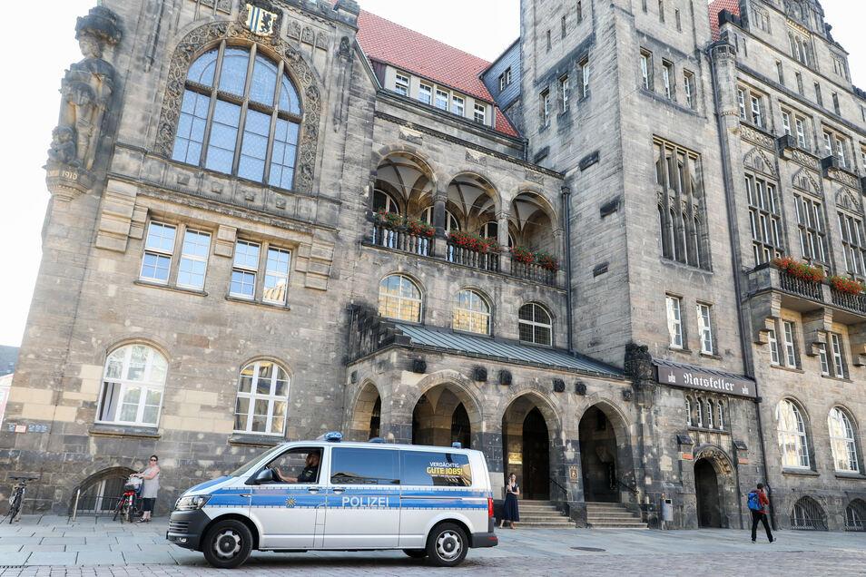 Finanzbürgermeister Sven Schulze will neuer Chef im Chemnitzer Rathaus werden.