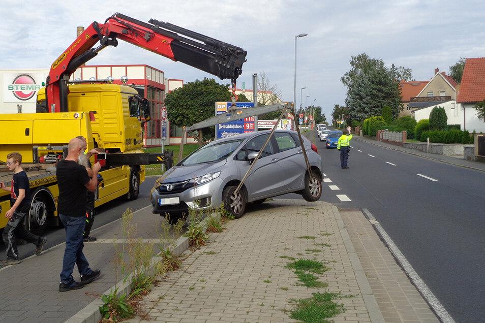 Der Anblick hat etwas Komisches - die Hintergründe des Unfalls am Mittwoch sind jedoch traurig.