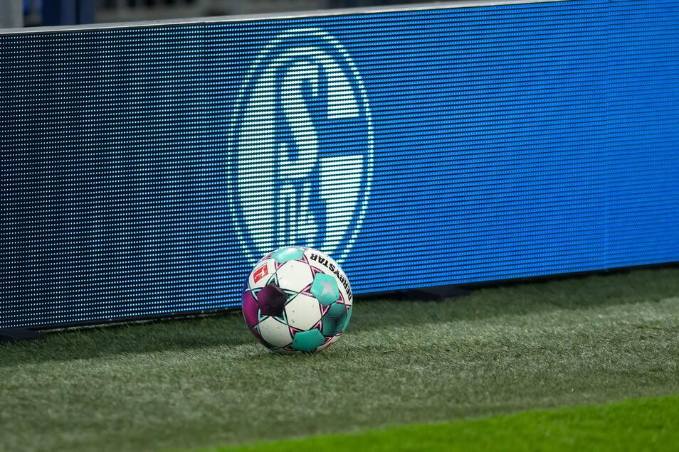 Am 23. Oktober gastiert Dynamo erstmals in der Schalker Veltins-Arena. Beim letzten Auswärtsspiel wurde noch im Parkstadion gespielt. Das war 1994.