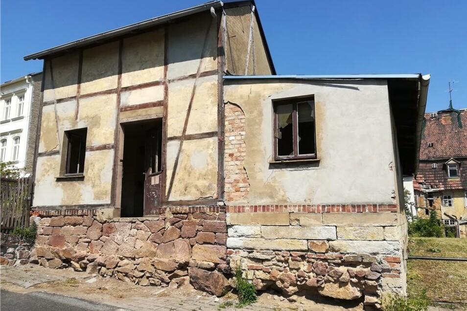 Die alte Werkstatt des Elmo-Werkes (rechts) könnte nach dem Willen einiger Anwohner auch gleich verschwinden.