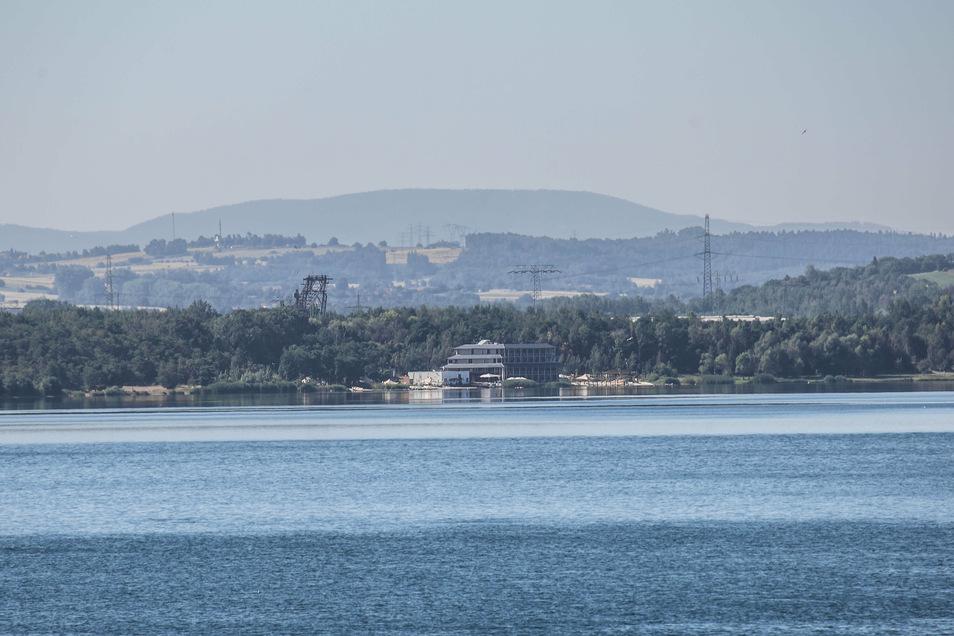 Blick über den Berzdorfer See vom Caravan-Stellplatz am Nordstrand