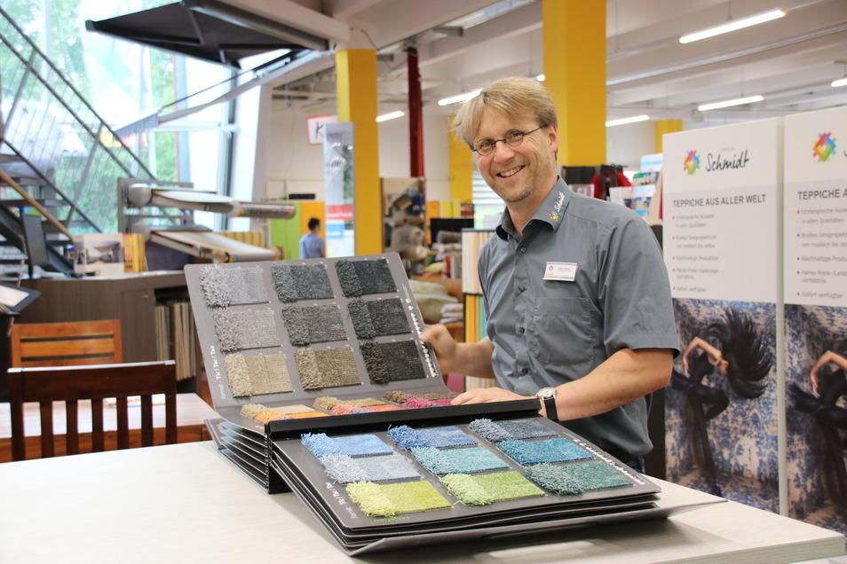 Teppiche haben ihm den Weg geebnet - noch heute ist die Teppichabteilung Holger Schmidts Lieblingsort.