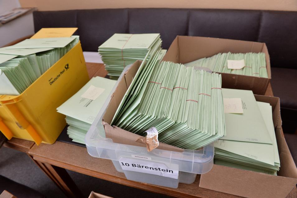 Schon bei der Europawahl hatten die sächsischen Kommunen viel zu tun mit der Auszählung der Briefwahlstimmen.