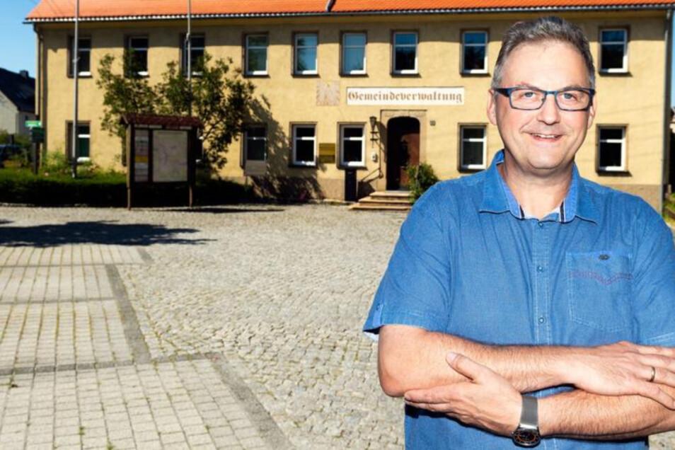 Der bisherige Bürgermeister von Steinigtwolmsdorf Lutz Förster gibt sein Amt Ende Februar auf.