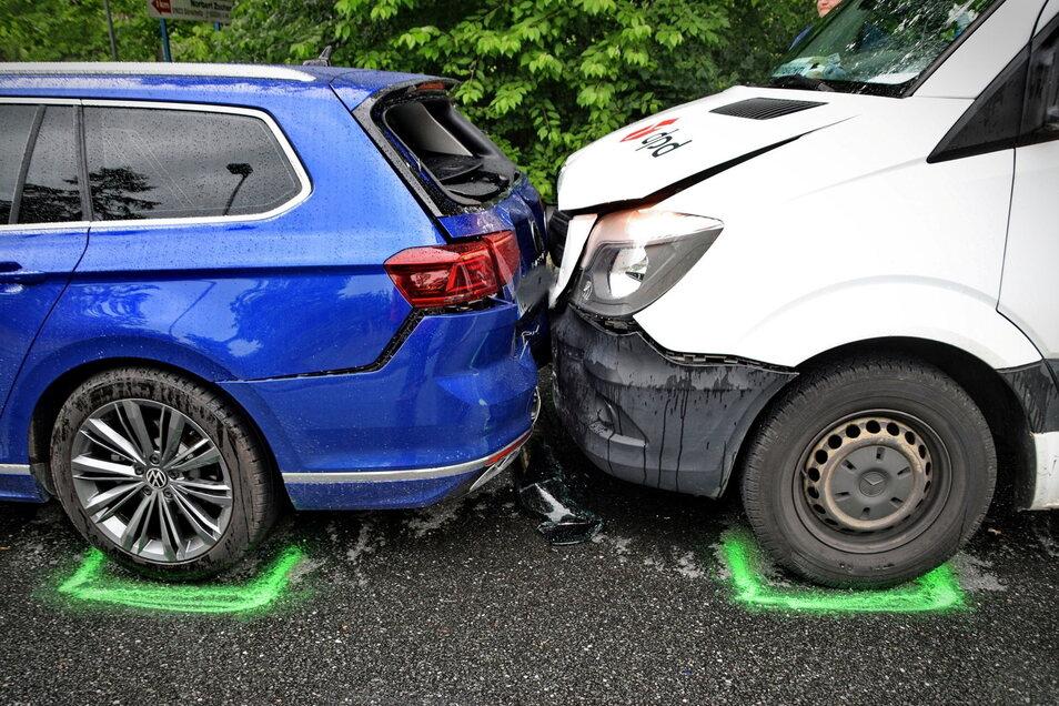 Ein Auffahrunfall ereignete sich am Freitagnachmittag auf der B6 in Klappendorf.