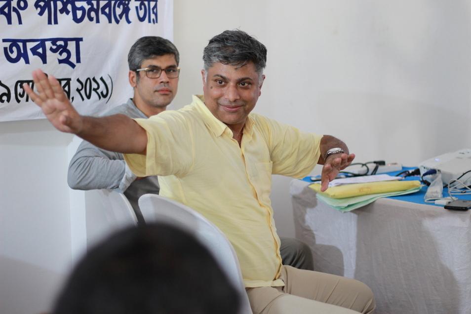 Ritwick Dutta (r) und Rahul Chowdhury, Gründer der in Indien ansässige Legal Initiative for Forest and Environment (Life). Die Organisation wird mit dem Alternativen Nobelpreis 2021 ausgezeichnet.