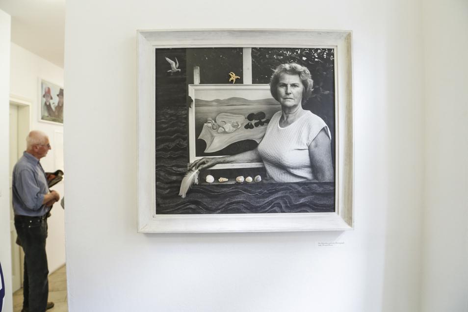 Ein Selbstporträt von Priscilla Ann Siebert aus den 1960er-Jahen, eine Collage mit Muscheln und Seestern.