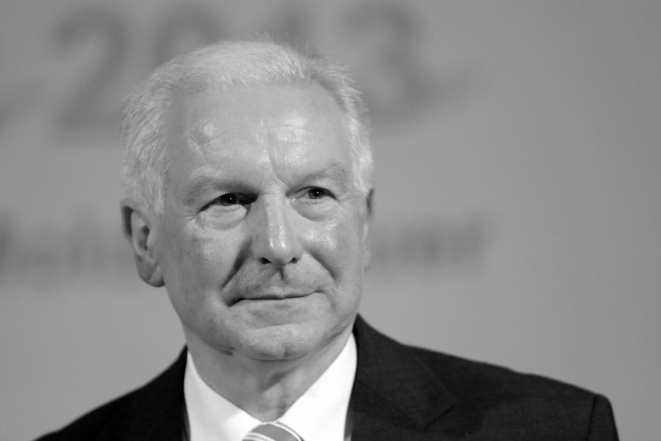 Erwin Bugar, damaliger Präsident des Fußballverbandes des Landes Sachsen-Anhalt, aufgenommen beim 2014er Neujahrsempfang seines Verbandes. Am Mittwoch ist der 68-Jährige gestorben.