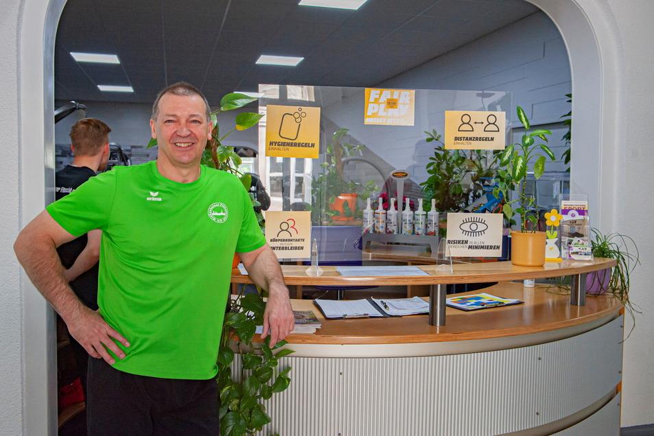 """Hubertus Marx, Chef des Großenhainer Fitnessclubs, spricht für viele: Gesund bleiben ist wichtig"""", sagt er. Und da dürfe niemand ausgeschlossen werden."""