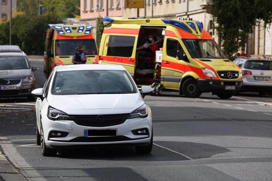 Der Fahrer des Opel Astra konnte nicht mehr rechtzeitig bremsen.