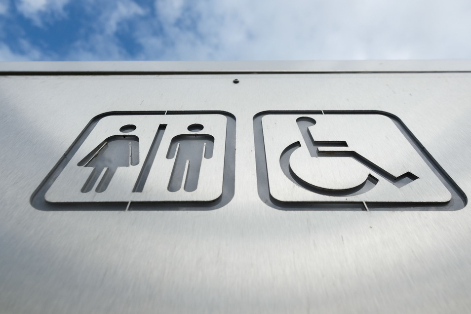 Mit neuen Konzepten und Betreibern soll das Angebot an öffentlichen Toiletten in Sachsens Großstädten verbessert werden.