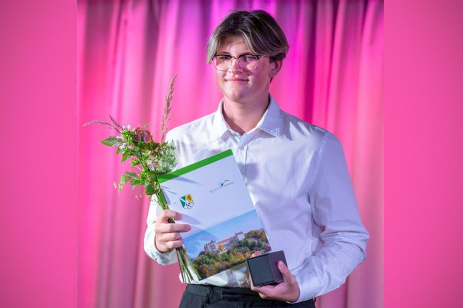 Marco Pöntör: In den Schoß ist mir der gute Abschluss nicht gefallen.